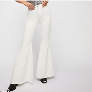 Free People Just Float On Flare white Stretch jean